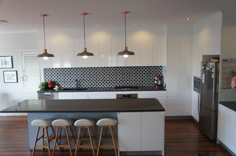 Full View Handle-less 2 Pack Kitchen Brisbane