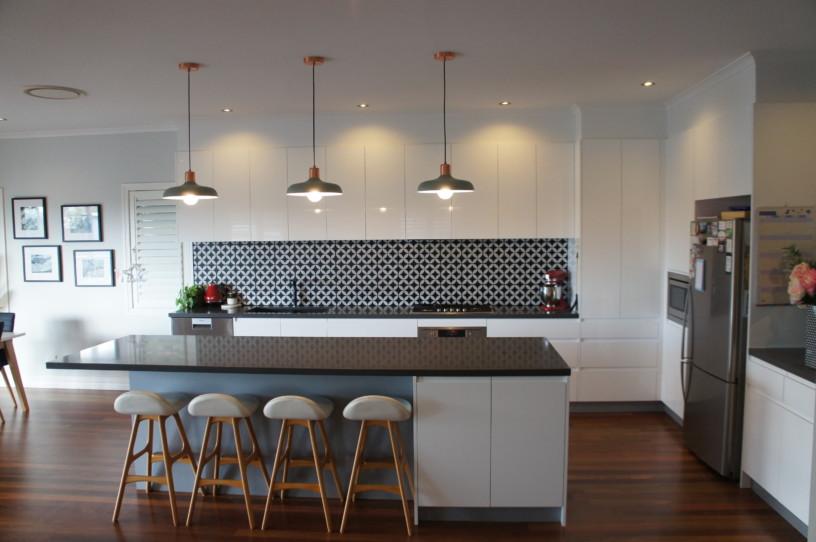 Kitchens Brisbane - 40mm Smartstone Catilevered Stone Island Benchtop