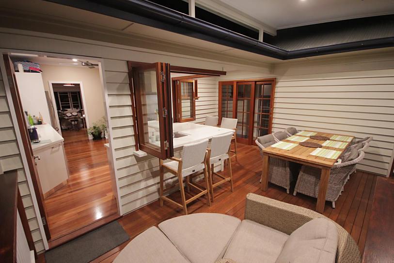 Brisbane Kitchens-Entertainers Dream Kitchen