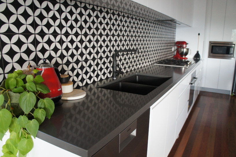 New Kitchens Brisbane-Matt Finish Black & White Tiled Splashback