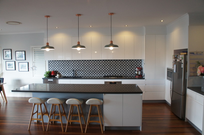 Brisbane Kitchens - 40mm Smartstone Catilevered Stone Island Benchtop